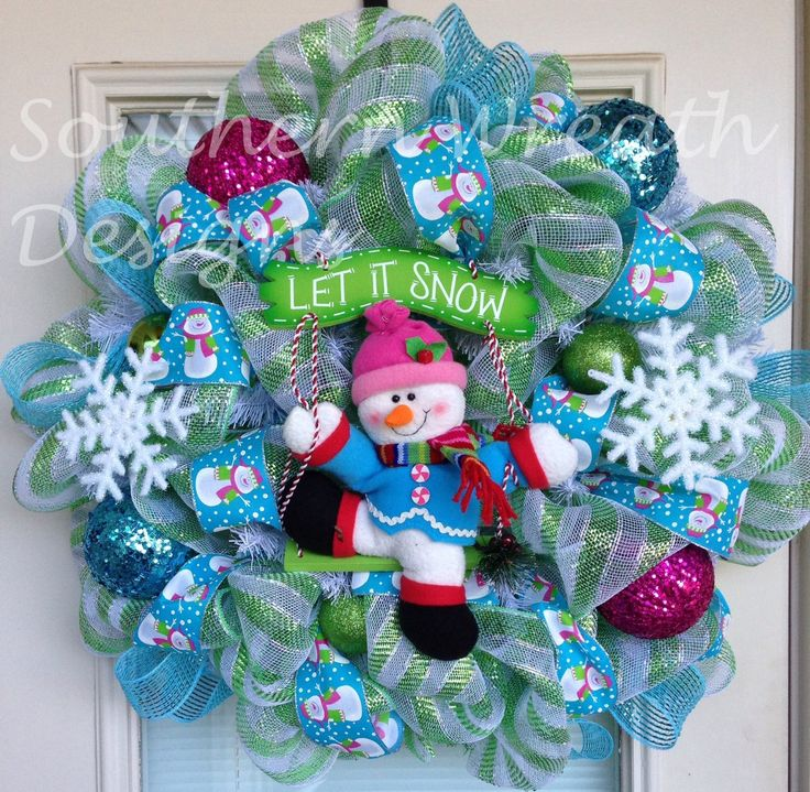 Christmas Wreaths | Christmas Wreath, Snowman Wreath, Holidays, Door Wreath, Deco Mesh ... follow me @ ★☆Danielle ✶ Beasy☆★