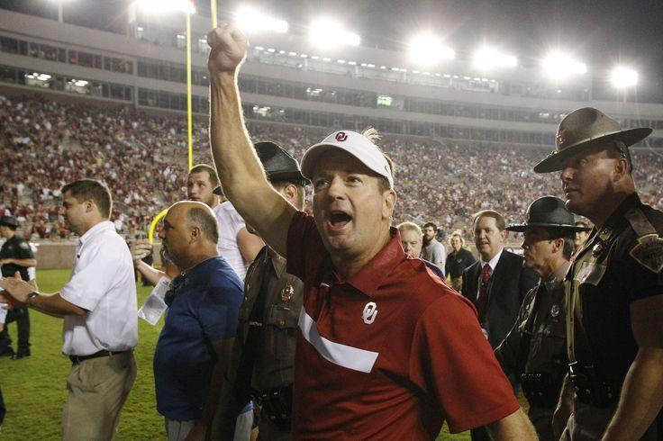"""Oklahoma college football legend abruptly retiring Sitemize """"Oklahoma college football legend abruptly retiring"""" konusu eklenmiştir. Detaylar için ziyaret ediniz. http://xjs.us/oklahoma-college-football-legend-abruptly-retiring.html"""