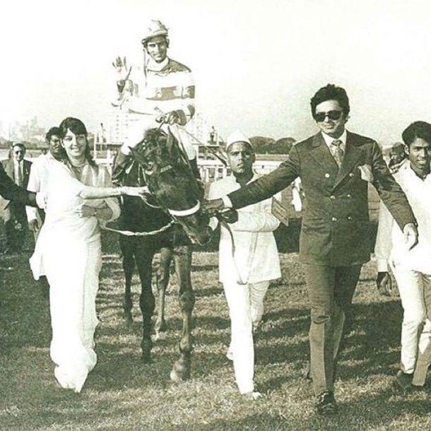#muvyz060317 #bollywoodflashback Sanjay Khan and wife Zarine Khan at the racetrack (PInterest) #sanjaykhan #instadaily #couplegoals #instagood #instapic #muvyz