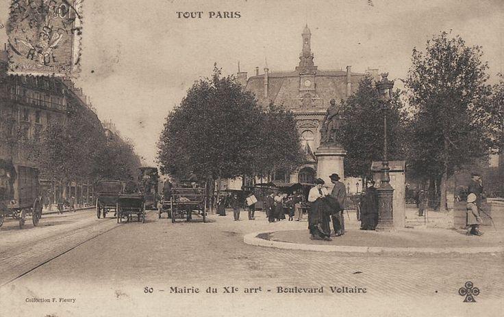 La Mairie du 11ème arrondissement, boulevard Voltaire, vers 1900.