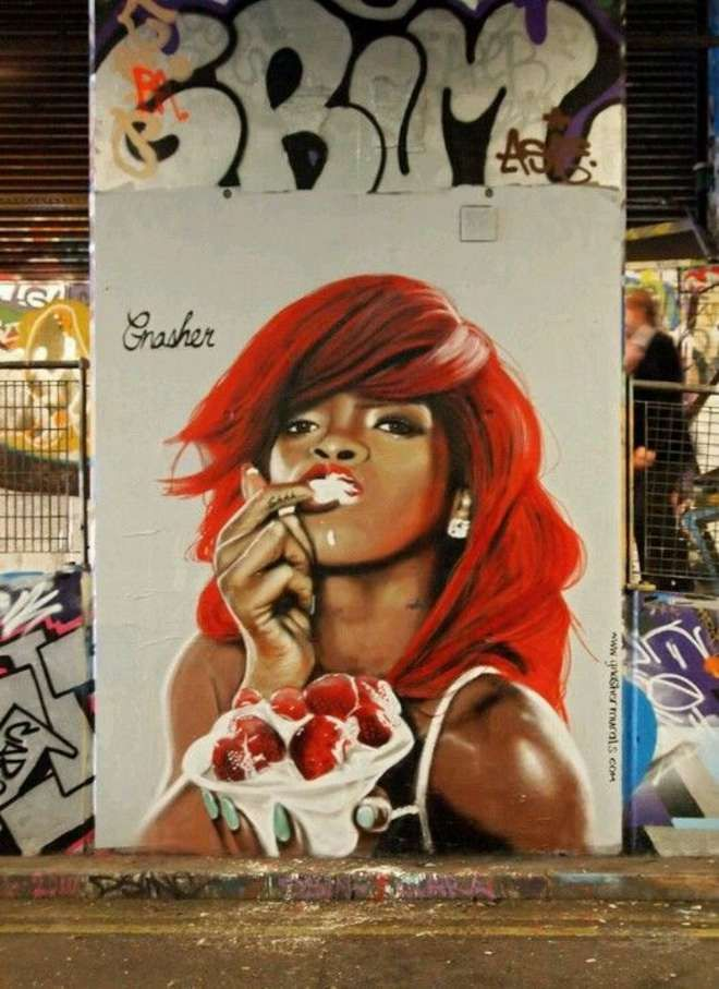 Street-art : 26 oeuvres provoc' et sexy pour interroger le regard