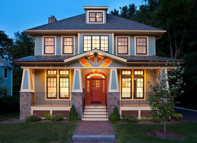 Popular in the United States from the 1890s to the 1930s, the straightforward American foursquare home was created in reaction to ornate Victorian architecture. Exterior by Beaconstreet Builders, Inc. A more modern take.