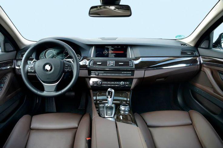 BMW 520d Touring inside