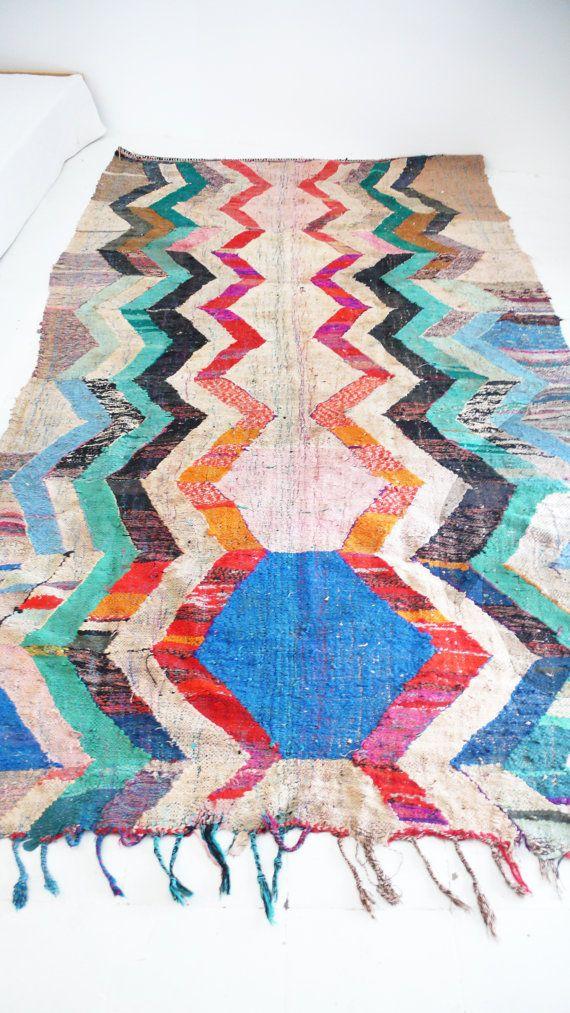 Vintage Moroccan Kilim BOUCHEROUITE Rug zigzag por lacasadecoto