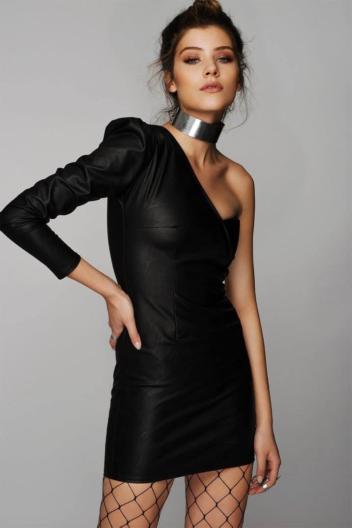 ONE SHOULDER BLACK LEATHER MINI DRESS
