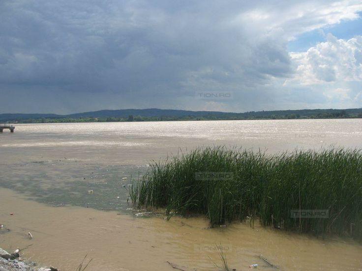 Banatenii de pe malul Dunarii traiesc tot cu frica inundatiilor
