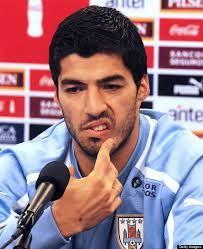 Luis Suárez: Uruguay . 1,81cm