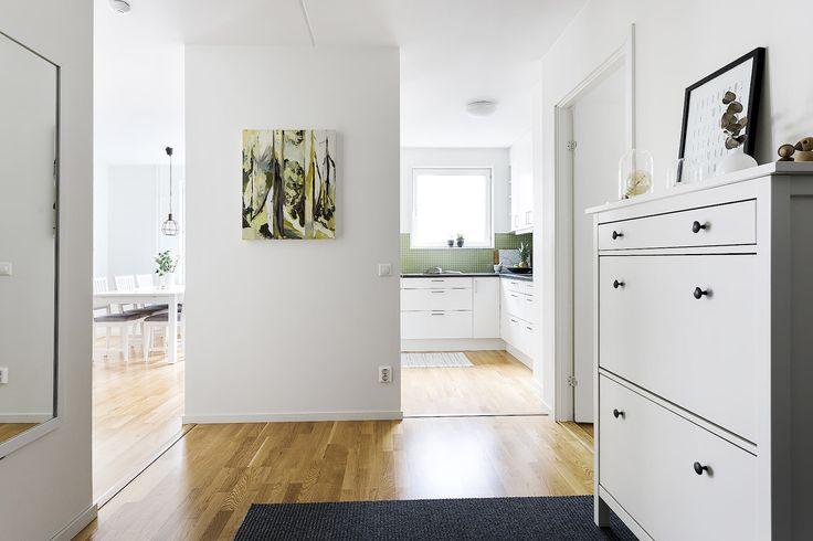 http://svenskamaklarhuset.se/objekt/?gid=OBJ12462_1506923393