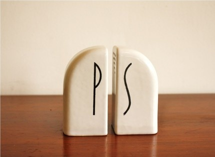 gorgeous vintage design...: Art deco white ceramic salt and pepper shakers ~ High Street Market