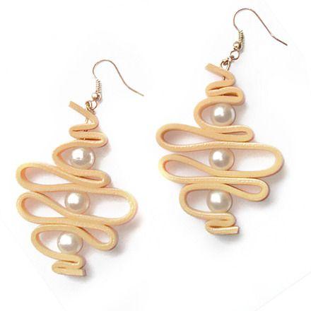 COLLEZIONE P/E 2014 BIBIDI!  Quando indossarlo: Yellowdream, orecchini in Moosgummi nel contrasto tra la porosità del moosgummi e la lucentezza della perla, insieme alle forme f - 3496581