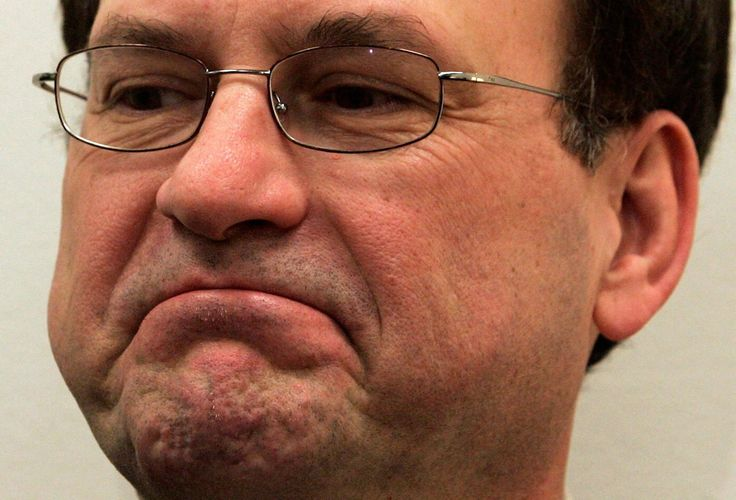 Samuel Alito Rolls Eyes While Ruth Bader Ginsburg Reads Dissent