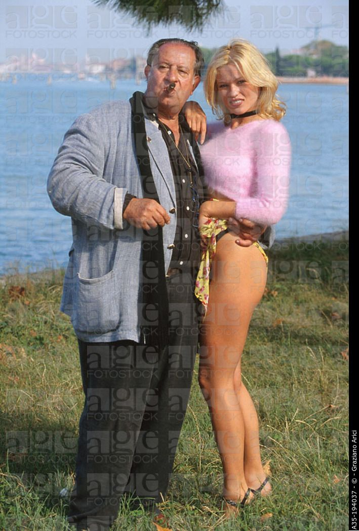Tinto Brass and Yuliya Mayarchuk 1999  marvelous en 2019  Tinto brass Fashion y Brass