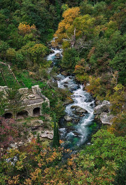 Aterno River, Riserva Naturale Gole di San Venanzio, Abruzzo, Italy - protected reserve adjacent to Majella National Park and the Sirente Velino Regional Park   paraluci on Flickr