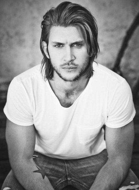 Pictures & Photos of Greyston Holt - IMDb