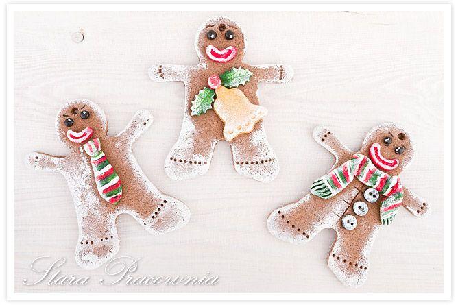 ozdoby z masy solnej na choinkę, bożonarodzeniowe ozdoby na choinkę, masa solna, piernikowe ludki z masy solnej, figurki z masy solnej www.masa-solna.pl www.starapracownia.blogspot.com