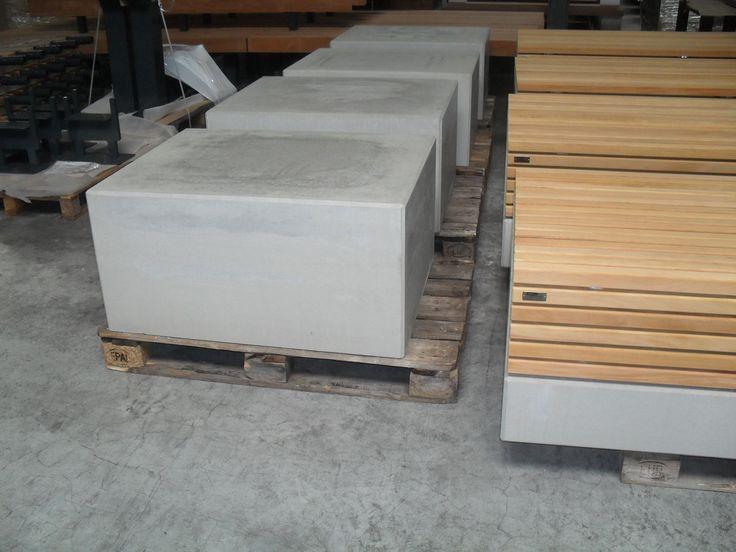 17 beste idee n over beton hout op pinterest betonnen meubilair concreet ontwerp en trap - Ontwerp betonnen trap ...