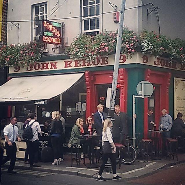 ..Friday's child is full of Guinness! #johnkehoes #johnkehoespub #dublin #dubliners #pub #dublinpubs #southannestreet #visitdublin #pint #bar #drinksoftheworld #slainte #instadublin #weekend #tgif #instapint #booze #ireland🍀 #discoverdublin