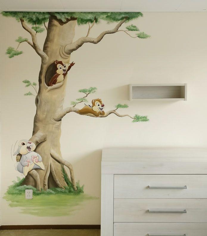 knabbel babbel babykamer muurschildering Chip and Dale wall painting Disney mural