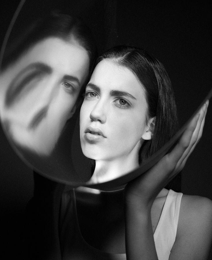 makeup by Andrea Raffai photography by Oleg Borisuk #makeup#trucco