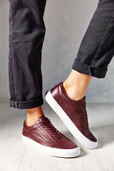 vans old skool premium leather low top women 39 s sneaker. Black Bedroom Furniture Sets. Home Design Ideas