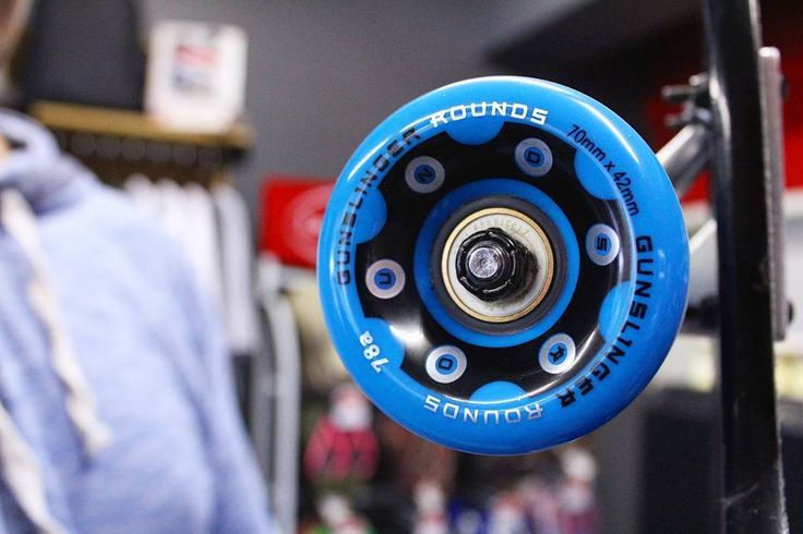 The 78a @gunslinger_sa Rounds will always be one of our all-time favourite freeride wheels thanks to the rad consistency in their initiation glassy smooth slides & super clean hook-up.  What is one of your favourite freeride wheels?  Wherever & whenever you're skating this December do so safely & with buckets of stoke!  Have an AWESOME one peeps!   #csskateshop x #superstokesaturday