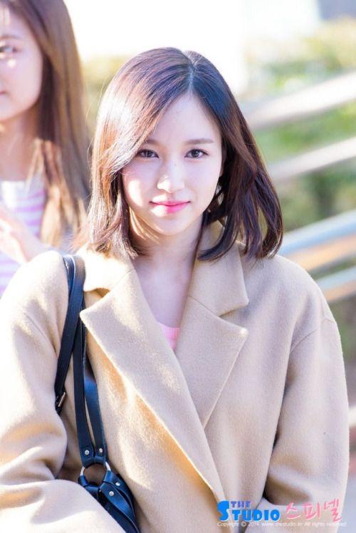 Myoui Mina (Twice) - On the way to Music Bank Pics
