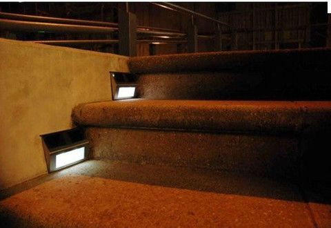 outdoor stair lights: Great outdoor stair with solar powered LED light