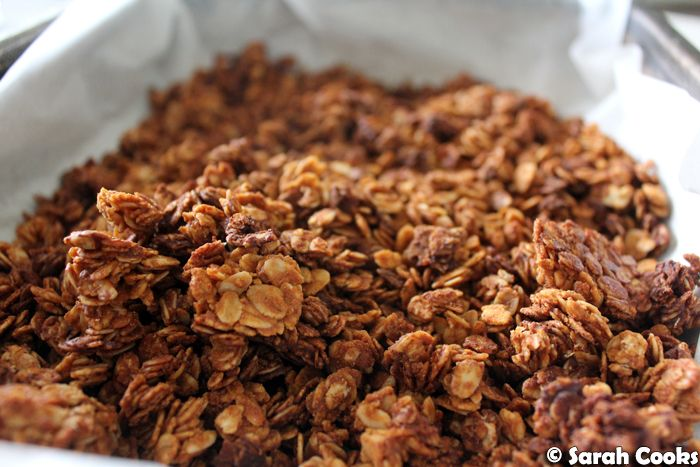 Peanut Butter Granola    Guys, guys! I made peanut butter granola! It was super easy, and the most delicious thing ever! I hadn't made gra...