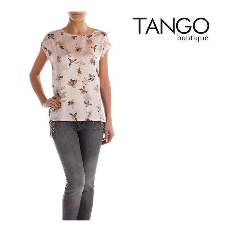 Μπλούζα Rinascimento 75743003 Για την τιμή και τα διαθέσιμα νούμερα πατήστε εδώ - http://www.tangoboutique.gr/.../mplouza-rinascimento... Δωρεάν αποστολή - αλλαγή & Αντικαταβολή!! Τηλ. παραγγελίες 2161005000