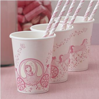 Our fairytale princess party cups come as a pack of 8 with a stunning horse and carriage running around them with pink ponies. 9oz in size.