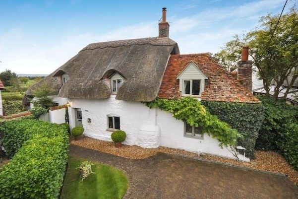 3 bedroom country house for sale in Dinton, Aylesbury HP17 - 13542909 - on Placebuzz