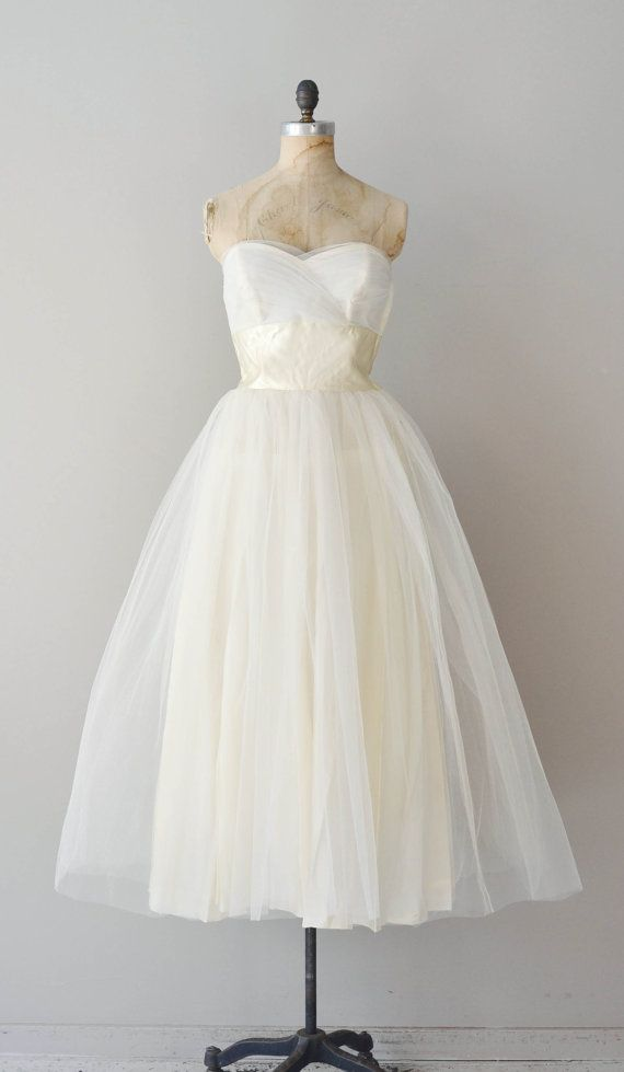 vintage 50s wedding dress / strapless 50s dress / by DearGolden