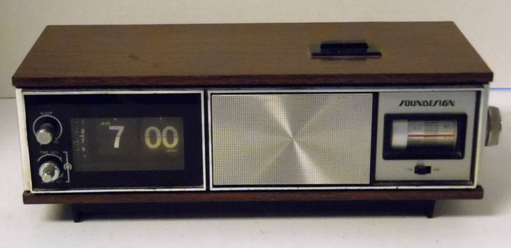 Vtg Mid Century Sound Design Model 3452 Clock Radio Flip