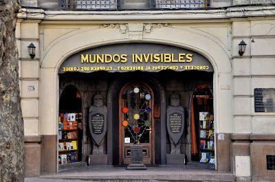 "Librería ""Mundos Invisibles"", Av. Rivera, Montevideo, Uruguay.-   (Cinco librerías del Centro de Montevideo, que tenés que visitar. | El mondo petricor)"