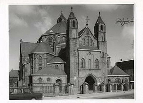 Kerk op Tramsingel.