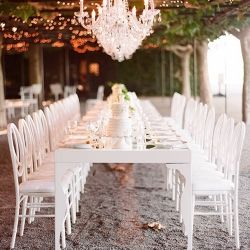 LONG TABLES are a romantic & glamorous alternative to the traditional round seating. Here are some inspirations... (photo via Atelier Joya): Farms Wedding, Outdoor Wedding, White Wedding, Wedding Blog, Outside Wedding, Gardens Parties, Farms Tables, Long Tables, Wedding Tables Sets