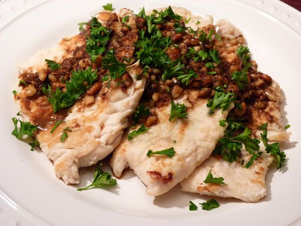 Chicken Scallopini with Lemon, Garlic and Pine Nuts...simple yet ...