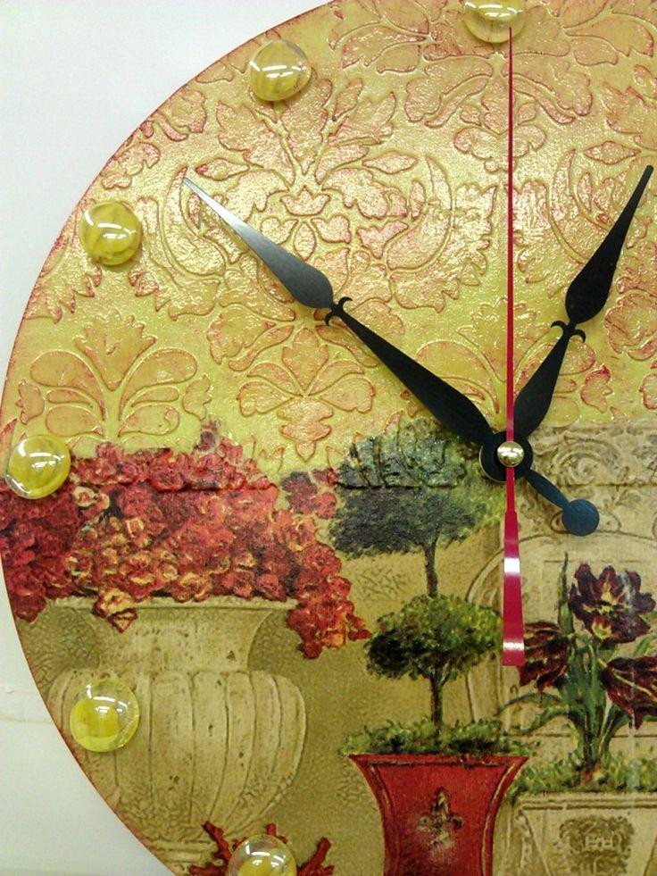 """Часы """"Античный сад"""""""