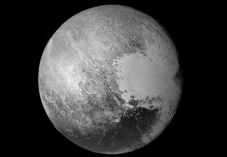 Nouvelle image à haute résolution du globe de Pluton