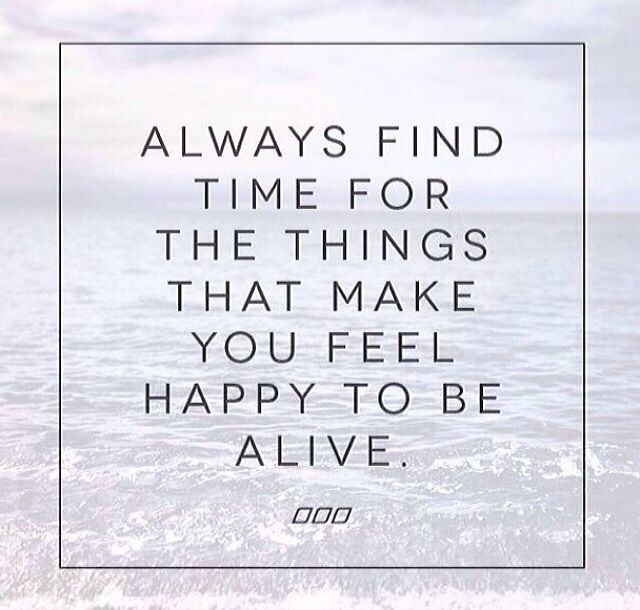Keep Yourself Busy To Stay Happy Quotes: Best 25+ Stay Happy Quotes Ideas On Pinterest
