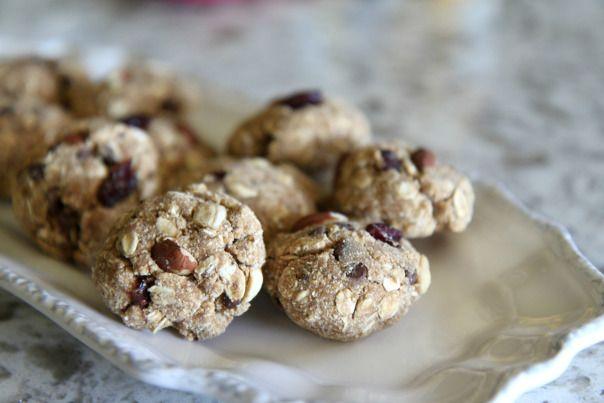 PBFit Oatmeal Trail Mix Cookies Recipe - Healthy Breakfast Cookies Mmmmm :) Stronglikemycoffee.com
