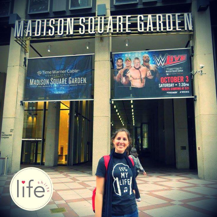 Look Life It's My Life em New York, em frente ao Madison Square Garden! Camiseta personalizada de música da banda Bon Jovi. T-shirt exclusiva!