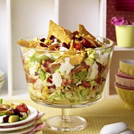 Mexikanischer Schichtsalat Rezept | LECKER