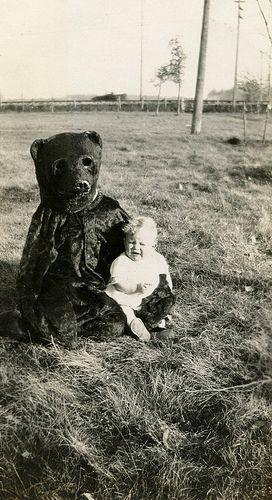 Kids creepy vintage Halloween costumes. Bear terrifies small child