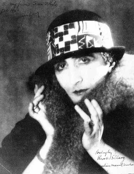 Marcel Duchamp - Rrose Sélavy (Dada)(1920)