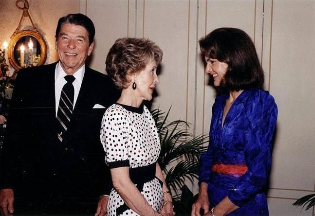 Reagans with Jackie Kennedy - Jacqueline Kennedy Onassis -Jackie in 1985 with the President and First Lady, Ronald and Nancy Reagan
