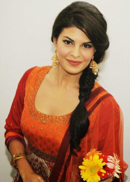 Jacqueline Fernandez in Salwar
