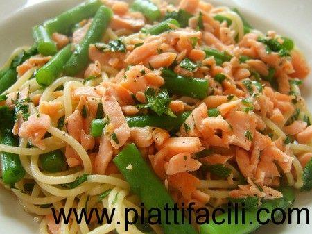 Pasta fredda con salmone e fagiolini