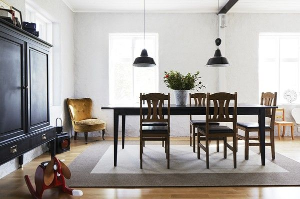 super simple dining room