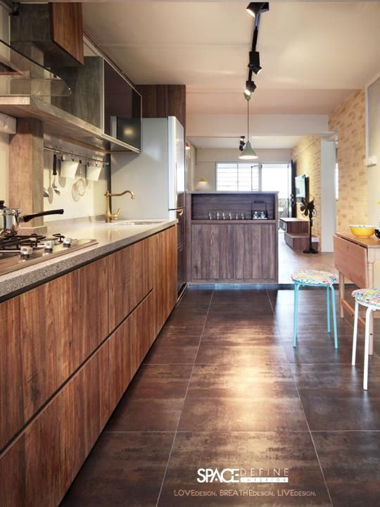 Small homes interior design singapore and walk in for Kitchen design hdb